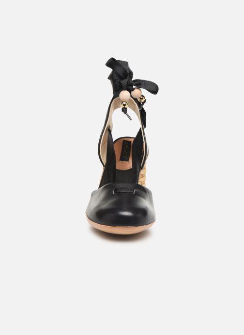 Sandales et nu-pieds Neosens Mulata S627S Noir vue portées chaussures