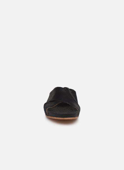 Clogs & Pantoletten Neosens Lairen S950 schwarz schuhe getragen