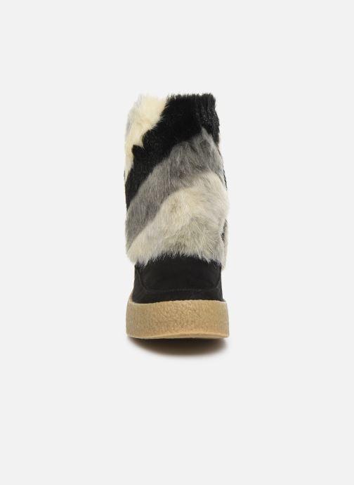 Bottines et boots Vanessa Wu BK1659 Noir vue portées chaussures