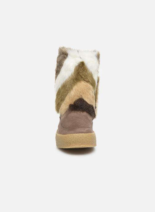 Stiefeletten & Boots Vanessa Wu BK1659 braun schuhe getragen