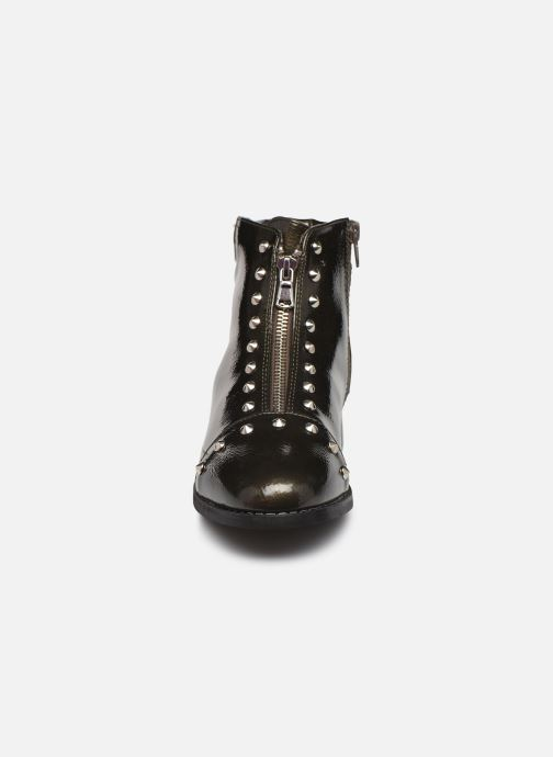 Ankle boots Vanessa Wu BT1836 Green model view