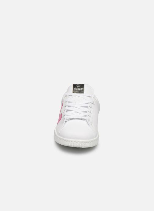 Baskets Victoria TENIS DETALLE VINILO Blanc vue portées chaussures