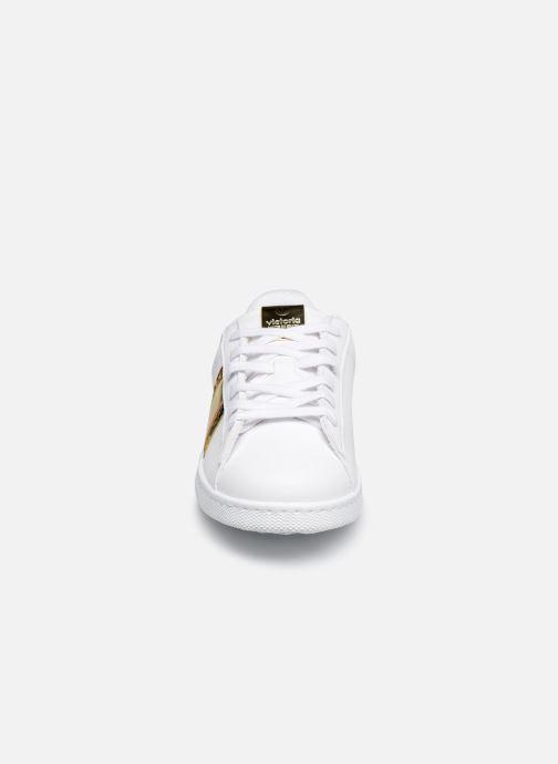 Baskets Victoria TENIS BANDA SERPIENTE PU Blanc vue portées chaussures