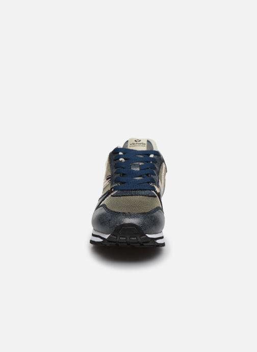 Baskets Victoria COMETA REJILLA/METAL Bleu vue portées chaussures