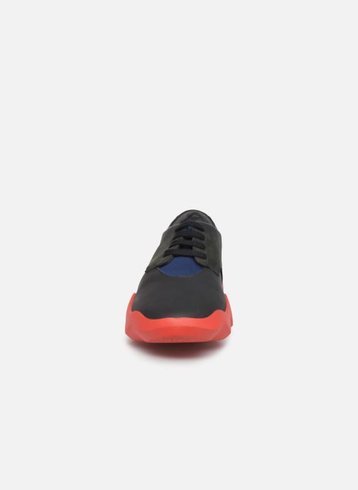 Baskets Camper Dub K200313 Noir vue portées chaussures