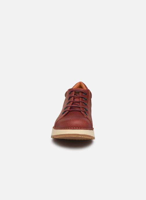 Baskets Art Heathrow 1020 Rouge vue portées chaussures