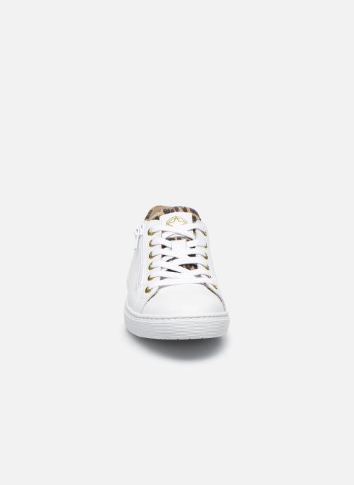 Sneaker Bullboxer Baskets-AHM024E5L_WNATB10 weiß schuhe getragen