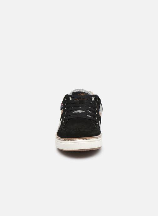 Baskets Roadsign Dacha Noir vue portées chaussures