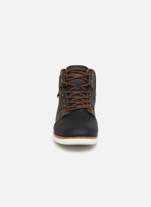 Baskets Roadsign Danang Noir vue portées chaussures