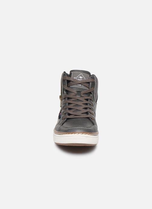 Baskets Roadsign Danjo Gris vue portées chaussures