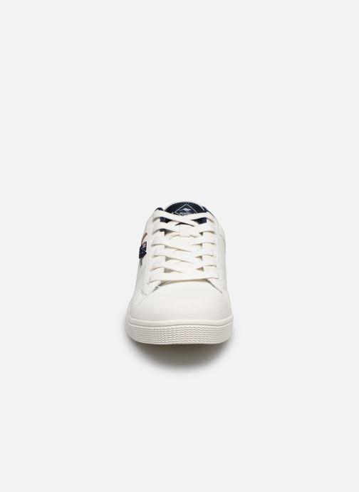 Sneakers Roadsign DOMAL Bianco modello indossato