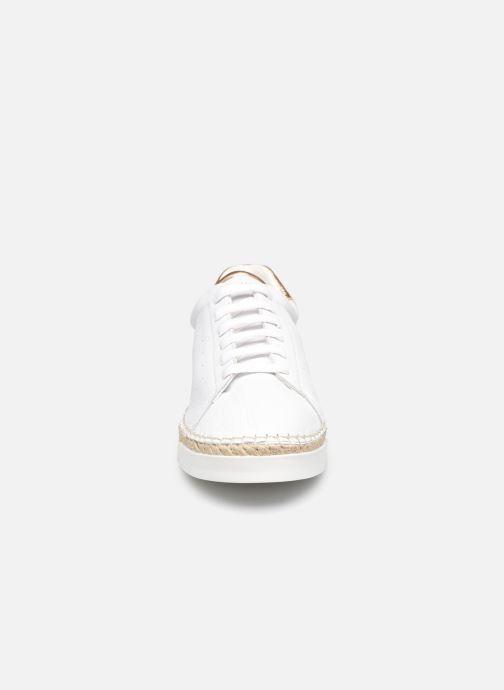 Sneakers Canal St Martin LANCRY Bianco modello indossato