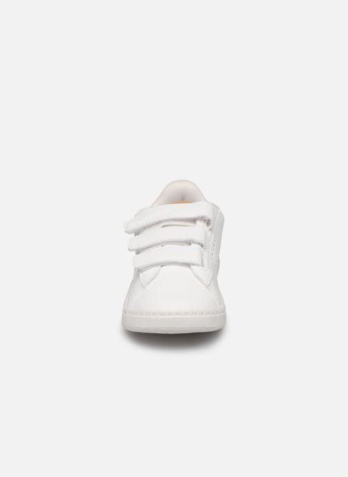 Baskets Le Coq Sportif Courtstar Inf Denim Blanc vue portées chaussures
