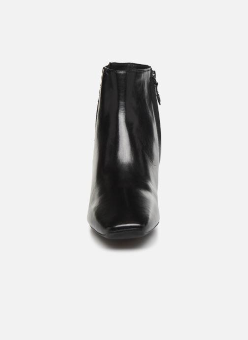 Bottines et boots Geox D Vivyanne Mid D D84BAD Noir vue portées chaussures