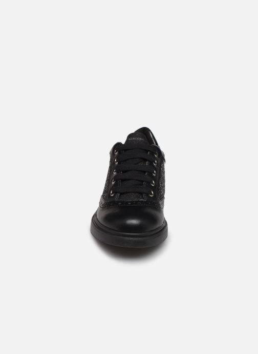 Sneakers Geox J Thymar Girl F J844FF Nero modello indossato