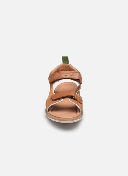Sandaler Bisgaard August Brun se skoene på