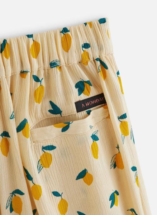 Vêtements A Monday In Copenhagen  Fiona Pants Jaune vue portées chaussures