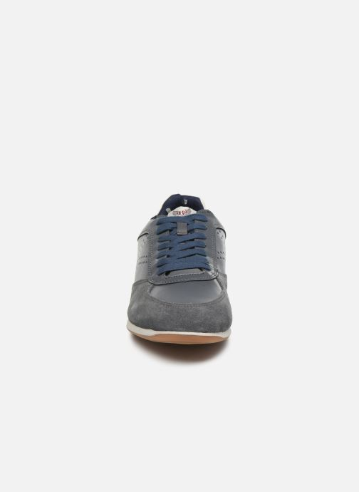 Baskets Kaporal Kadine Gris vue portées chaussures