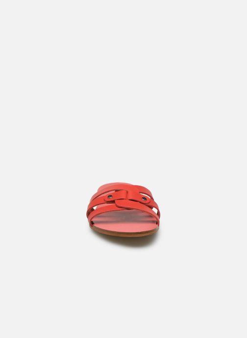 Zoccoli Georgia Rose Domule Rosso modello indossato