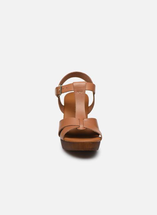 Sandales et nu-pieds Georgia Rose Dopatin Marron vue portées chaussures