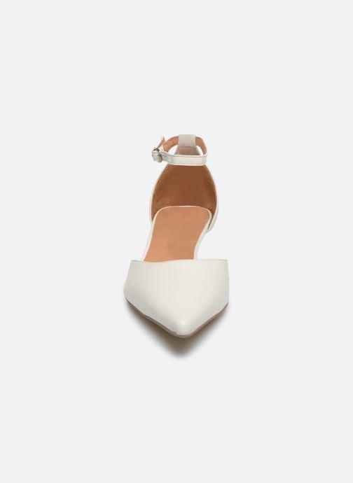 Décolleté Georgia Rose Tousina Bianco modello indossato