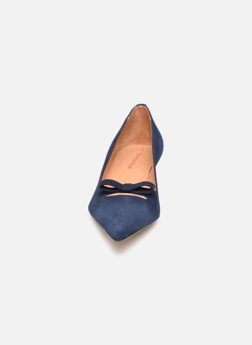 Zapatos de tacón Georgia Rose Ribona Azul vista del modelo