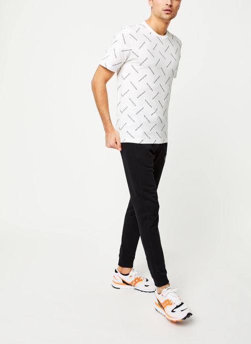 Vêtements Calvin Klein Jeans Monogram Patch Hwk Pant Noir vue bas / vue portée sac