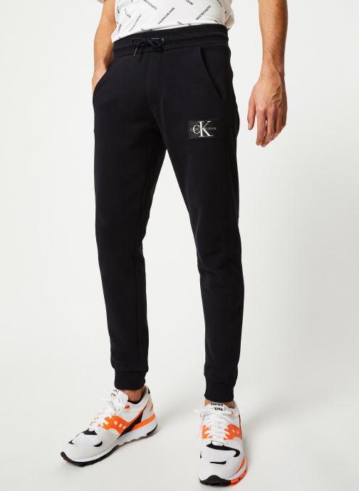 Vêtements Calvin Klein Jeans Monogram Patch Hwk Pant Noir vue détail/paire