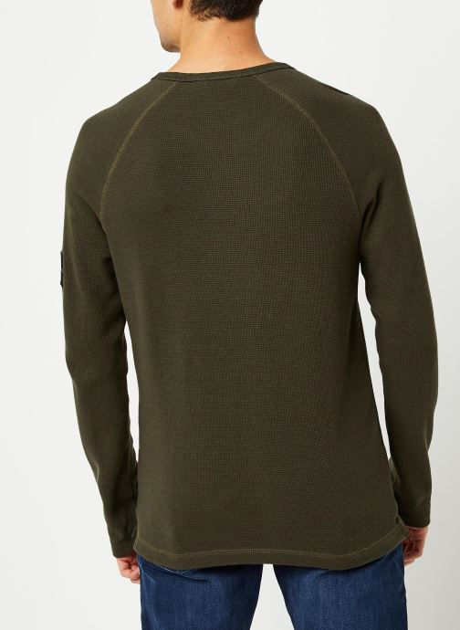 Vêtements Calvin Klein Jeans Waffle Monogram Sleeve Slim L/S Vert vue portées chaussures