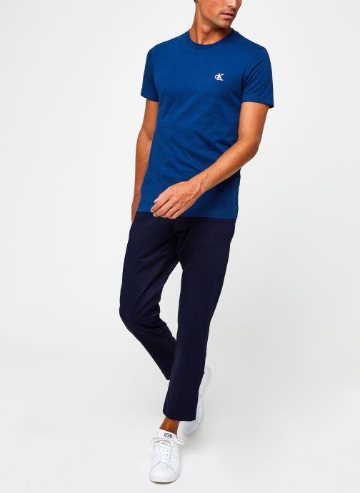 Vêtements Calvin Klein Jeans CK Essential Slim Tee Bleu vue bas / vue portée sac
