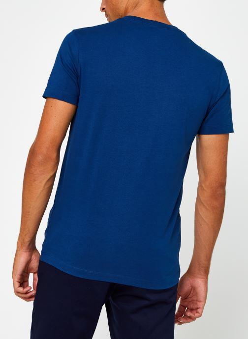 Vêtements Calvin Klein Jeans CK Essential Slim Tee Bleu vue portées chaussures