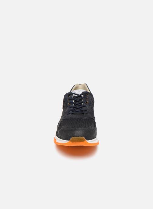 Baskets Bullboxer 989K20438ANAORSUSZ Bleu vue portées chaussures