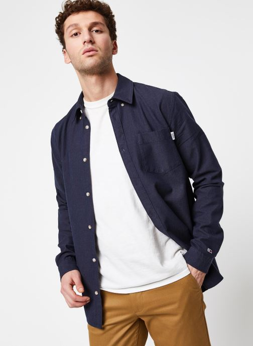 Vêtements Tommy Jeans TJM Two Tone Oxford Shirt Bleu vue détail/paire