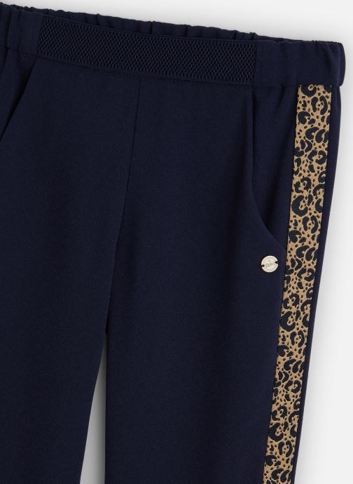 Vêtements IKKS JUNIOR  Pantalon fluide XQ22002 Bleu vue portées chaussures