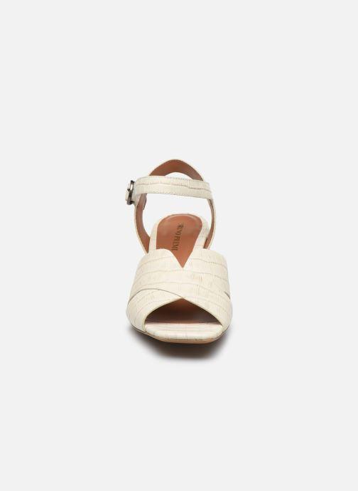 Sandales et nu-pieds Bruno Premi BZ 0503X Blanc vue portées chaussures
