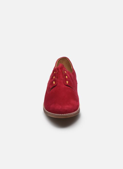 Scarpe con lacci Karston ACINDA Rosso modello indossato