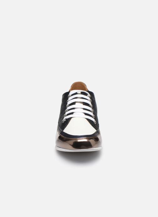 Baskets Karston CAMINO Bleu vue portées chaussures