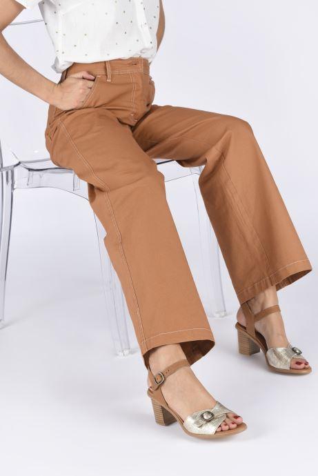 Sandali e scarpe aperte Karston LIFLO Marrone immagine dal basso