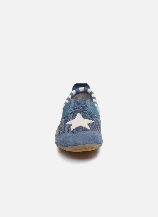 Chaussons Living Kitzbühel T-Modell Streifen und Stern Bleu vue portées chaussures