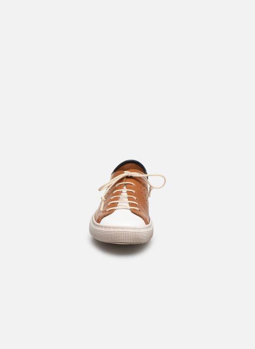 Sneakers PèPè Baskets-Nevada Tabacco Marrone modello indossato