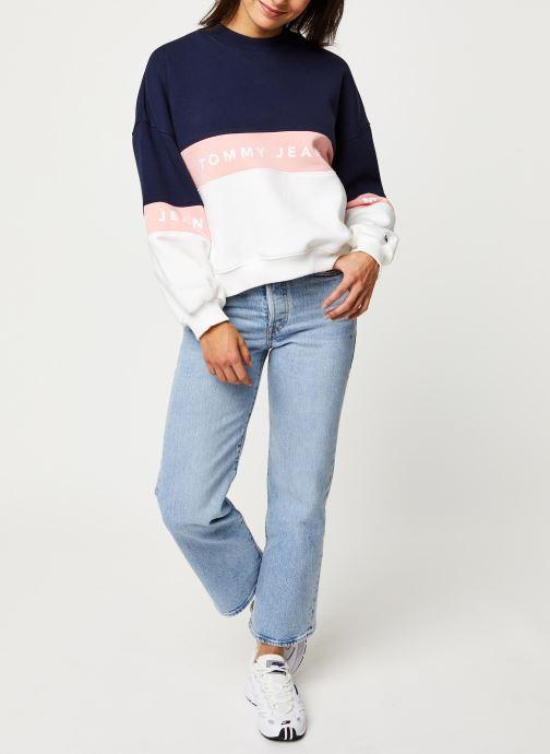 Vêtements Tommy Jeans TJW Colorblock Crew Blanc vue bas / vue portée sac