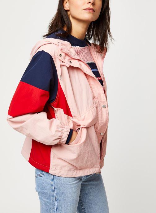 Vêtements Tommy Jeans TJW Contrast Panel Rose vue droite