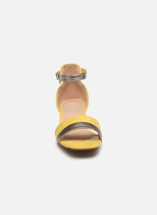Sandales et nu-pieds I Love Shoes DIBELLO Jaune vue portées chaussures