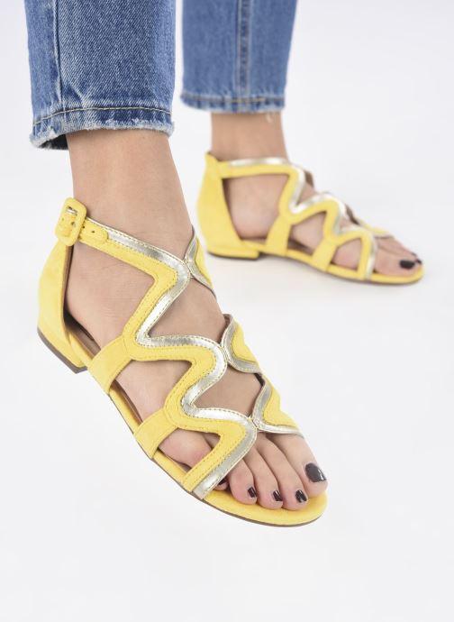 Sandalias I Love Shoes DILOTTO Amarillo vista de abajo