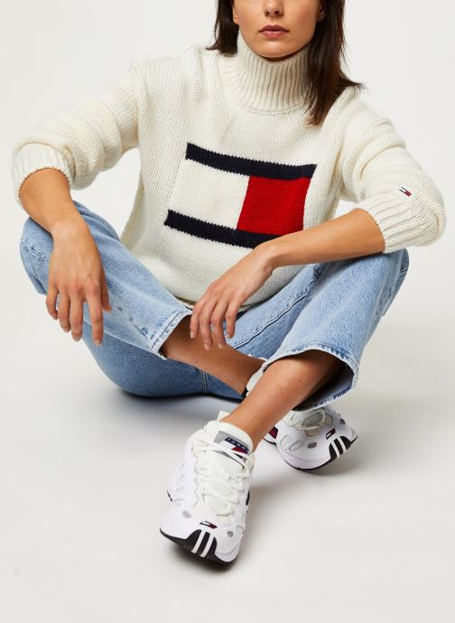 Vêtements Tommy Jeans TJW Tommy Flag Sweater Blanc vue détail/paire