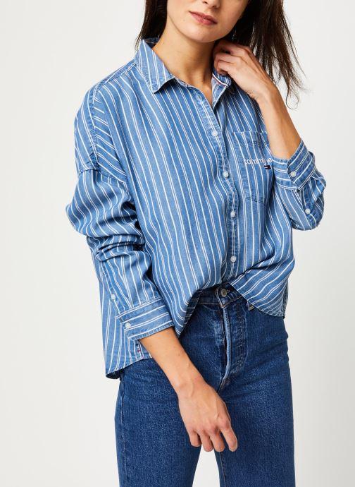 Vêtements Tommy Jeans TJW Cropped Boxy Stripe Shirt Bleu vue détail/paire