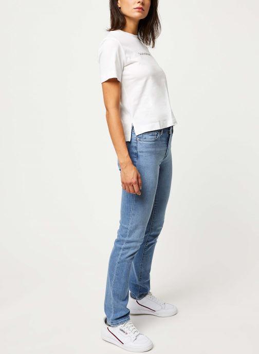 Vêtements Calvin Klein Jeans Shrunken Institutional Logo Tee Blanc vue bas / vue portée sac