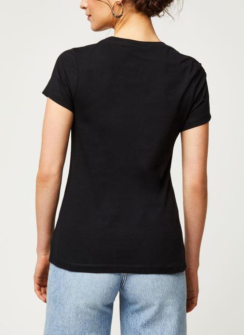 Vêtements Calvin Klein Jeans CK Embroidery Slim Tee Noir vue portées chaussures