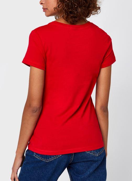 Vêtements Calvin Klein Jeans CK Embroidery Slim Tee Rouge vue portées chaussures