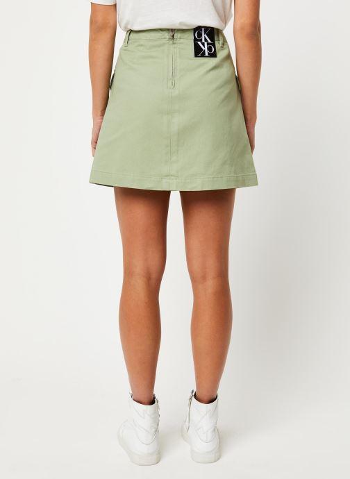 Vêtements Calvin Klein Jeans Cotton Twill Utility Mini Skirt Vert vue portées chaussures